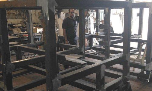 קונסטרוקציית ברזל למכונה בפס היצור 6