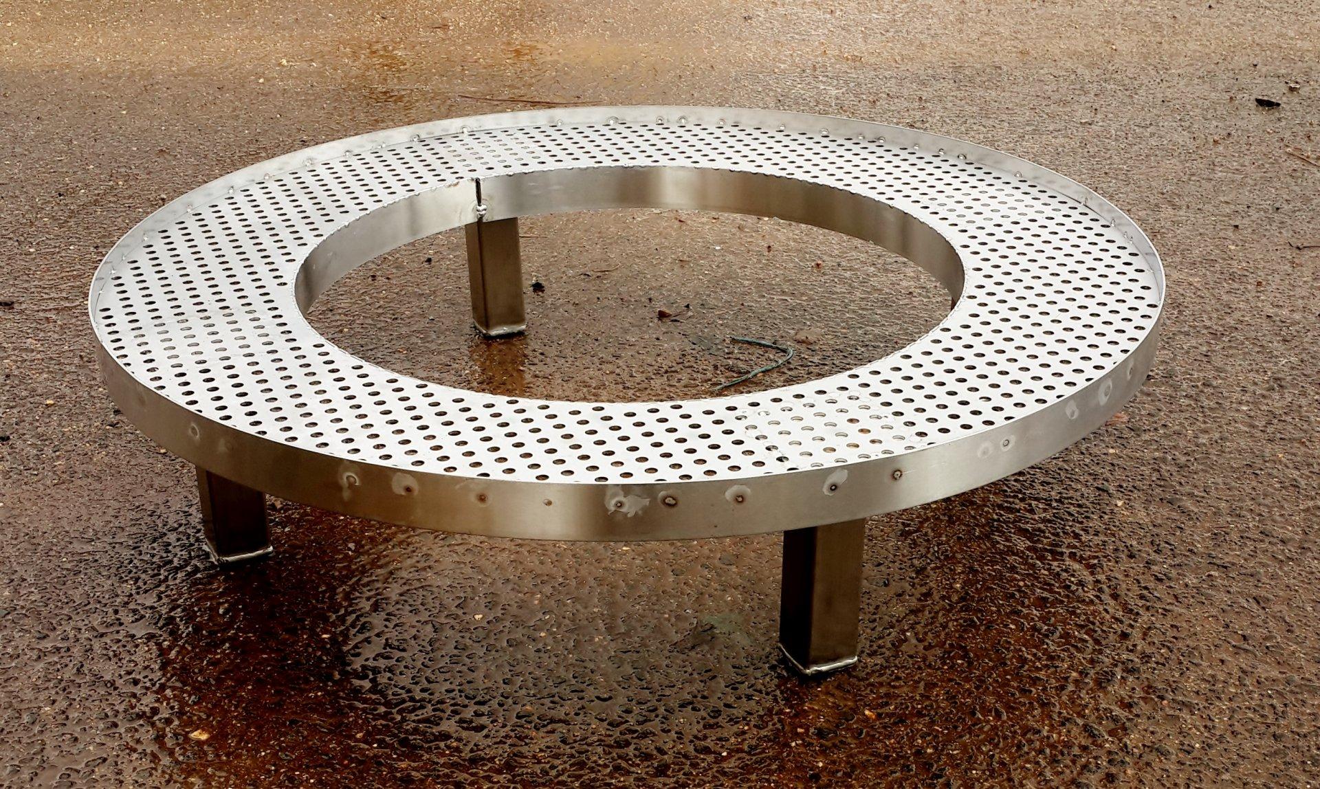 שולחן מנירוסטה 2
