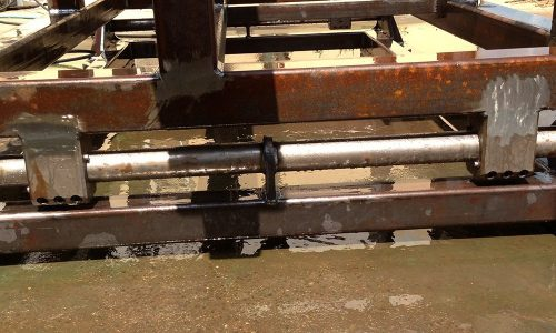 קונסטרוקציית ברזל למכונה בפס היצור 2