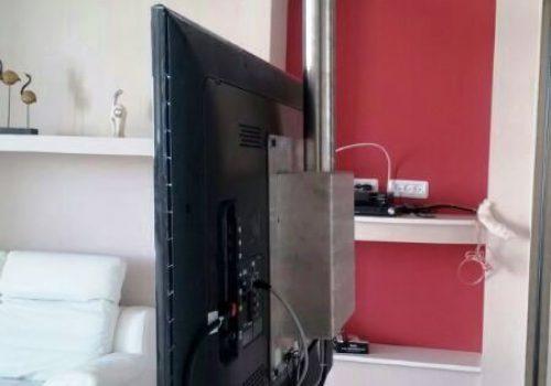 עמוד נירוסטה ל LCD 2