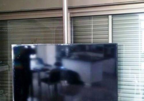 עמוד נירוסטה ל LCD 3